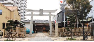 御崎八幡神社【再建鳥居・記念碑】